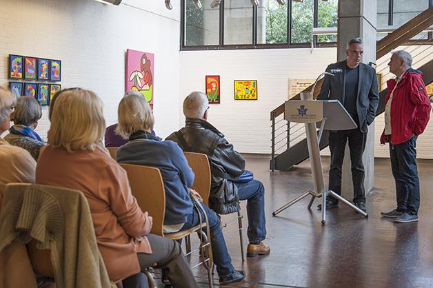 Prof. Dr. Detlef H. Mache (links) und der Künstler Thierry Noir
