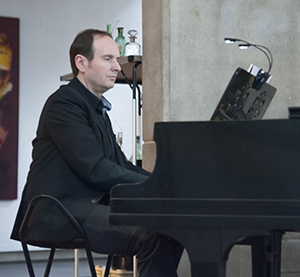 Klavier Oliver Alamprese