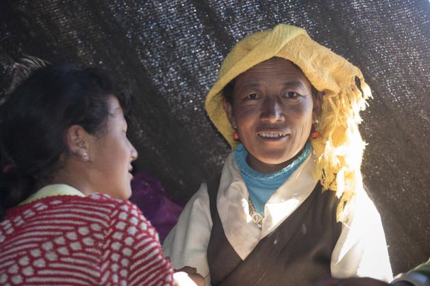 Nomadenfrauen am Min Zei Pass