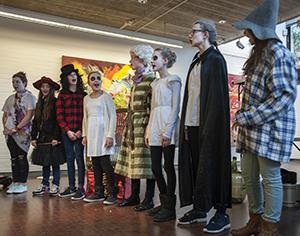 Theatergruppe Rechts2 Gymnasium