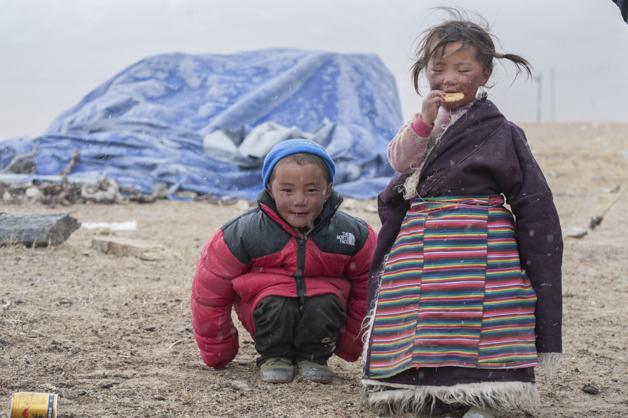 Nomadenkinder beim Mayum Pass